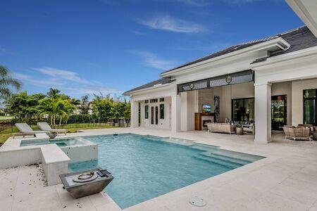 Comment choisir sa piscine enterrée?